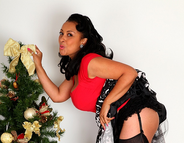 Mature MILF Danica Collins aka Donna Ambrose wishes a Merry Christmas to her fans
